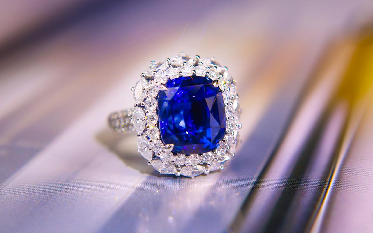 彩色宝石首饰我们该如何保养?